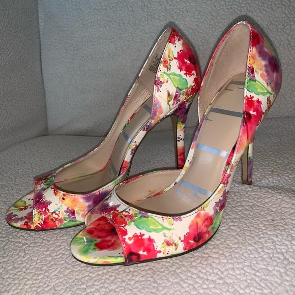 Elle Shoes - Elle Multicolored Splatter Floral Open Toe Pumps